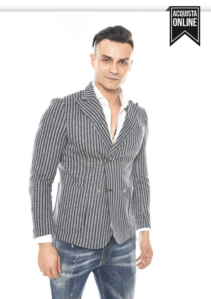 super popular d1481 df043 In cerca della perfetta giacca slim fit? Giacca monopetto o ...