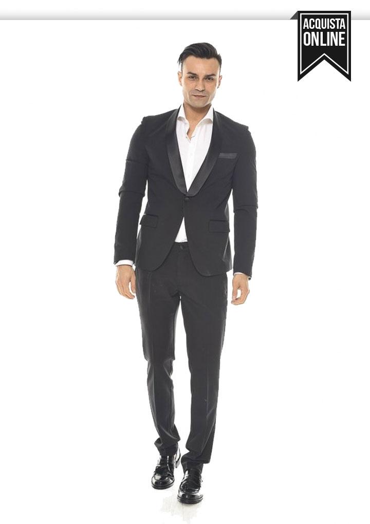 Vestito Matrimonio Uomo Rosa : L abito da uomo perfetto per invitato al matrimonio in